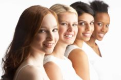 طرق بسيطة واقتصادية لعلاج مشكلات البشرة الدهنية